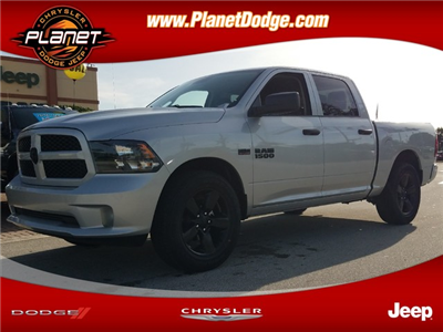 2018 Ram 1500 Crew Cab 4x2,  Pickup #IJS314804 - photo 1