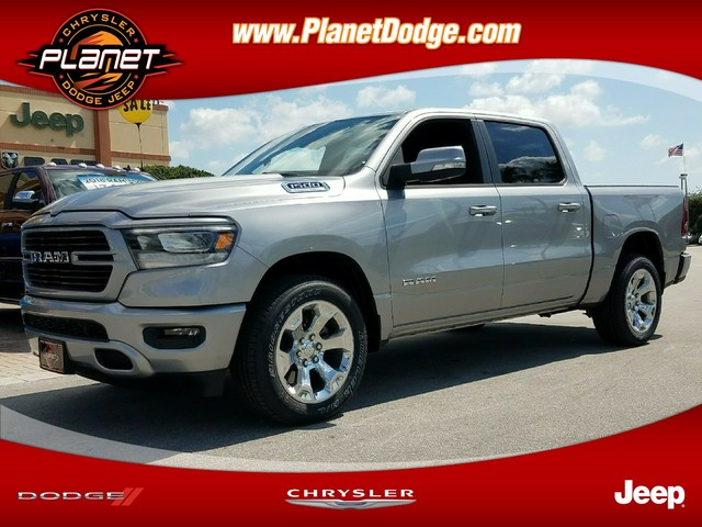 2019 Ram 1500 Crew Cab 4x2,  Pickup #IKN519304 - photo 1