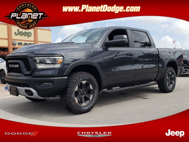 2019 Ram 1500 Crew Cab 4x4,  Pickup #IKN672560 - photo 1