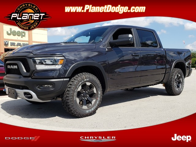 2019 Ram 1500 Crew Cab 4x4,  Pickup #IKN679509 - photo 1