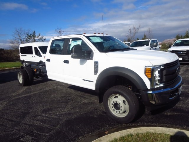 2017 F-450 Crew Cab DRW, Cab Chassis #175251F - photo 3