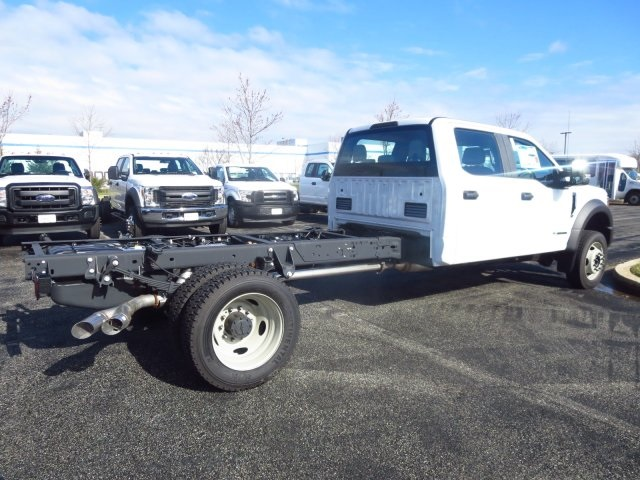 2017 F-450 Crew Cab DRW, Cab Chassis #175251F - photo 6
