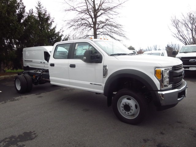2017 F-450 Crew Cab DRW, Cab Chassis #175255F - photo 3