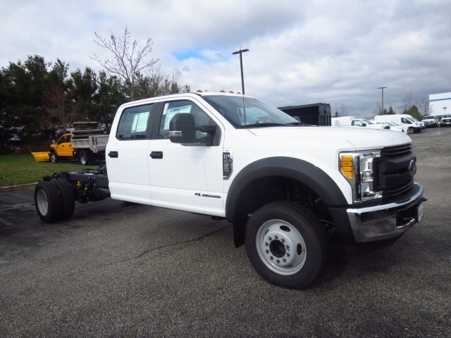 2017 F-450 Crew Cab DRW, Cab Chassis #175325F - photo 3