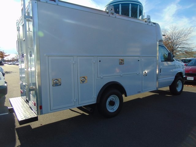 2017 E-350, Supreme Service Utility Van #179261F - photo 7