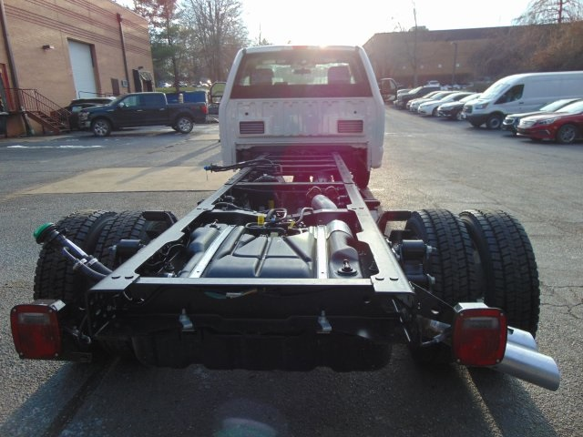 2018 F-450 Regular Cab DRW 4x4,  Cab Chassis #185428F - photo 6