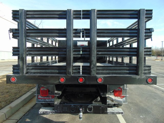 2018 F-450 Regular Cab DRW, Reading Steel Stake Bodies Stake Bed #185497F - photo 5