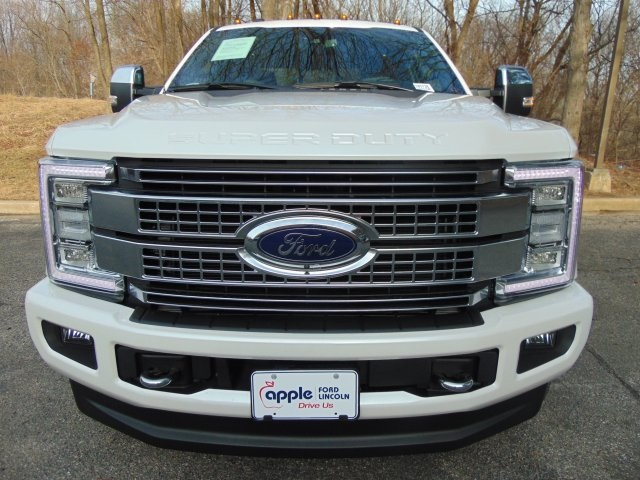 2018 F-350 Crew Cab 4x4, Pickup #185738 - photo 3