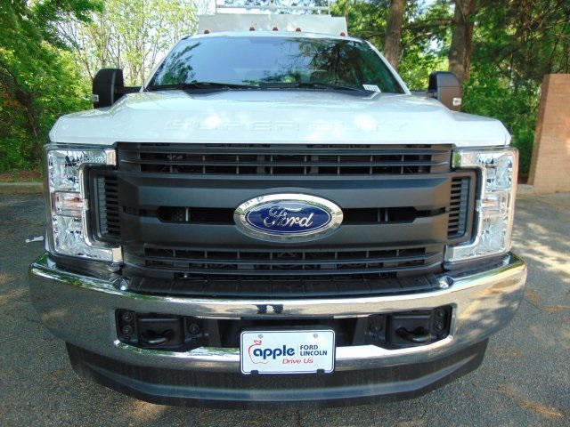 2018 F-350 Super Cab 4x4, Reading Service Utility Van #186159F - photo 5