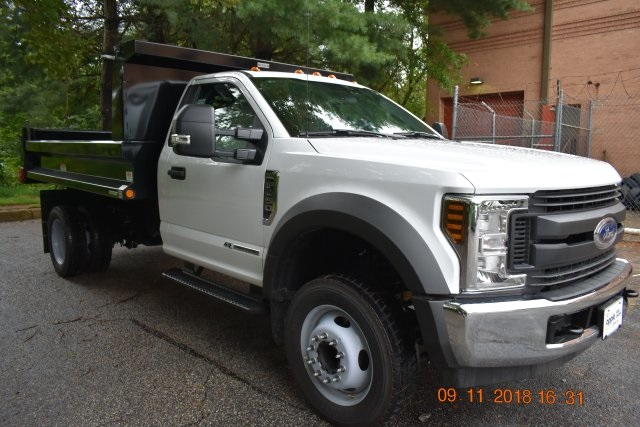 2018 F-450 Regular Cab DRW 4x2,  Reading Dump Body #186914F - photo 3