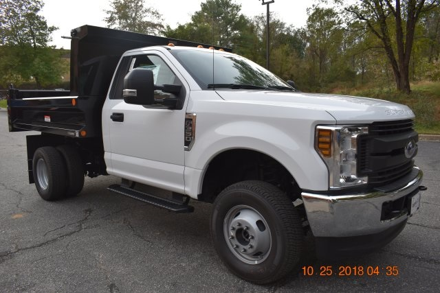 2018 F-350 Regular Cab DRW 4x4,  Reading Dump Body #186979F - photo 3