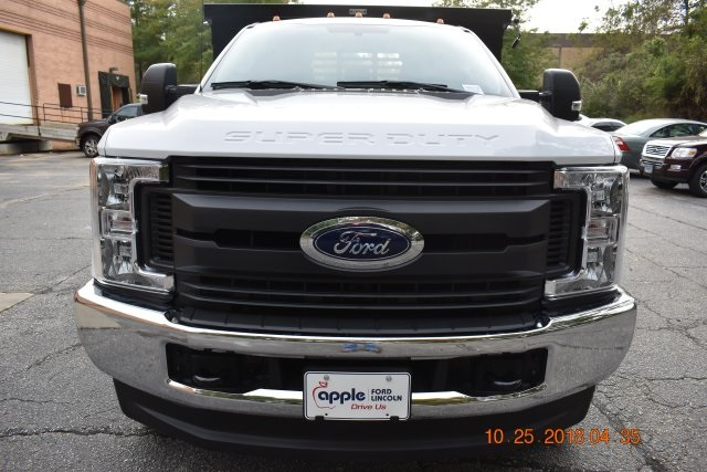 2018 F-350 Regular Cab DRW 4x4,  Reading Dump Body #186979F - photo 4