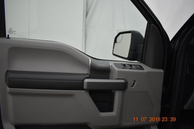 2018 F-150 SuperCrew Cab 4x4,  Pickup #187175 - photo 17
