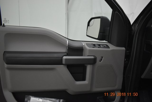 2018 F-150 SuperCrew Cab 4x4,  Pickup #187233 - photo 17