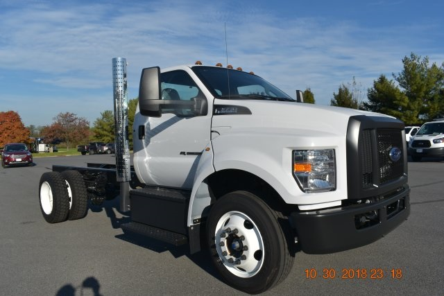 2019 F-650 Regular Cab DRW 4x2,  Cab Chassis #195034F - photo 3
