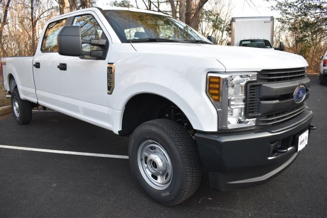 2019 F-350 Crew Cab 4x4,  Pickup #195376F - photo 3