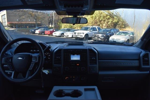 2020 Ford F-350 Super Cab 4x4, Reading Panel Service Body #207099F - photo 18