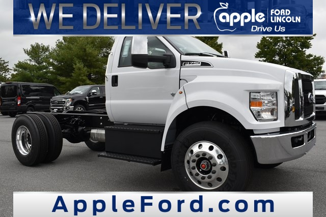 2021 Ford F-750 Regular Cab DRW 4x2, Cab Chassis #215013F - photo 1