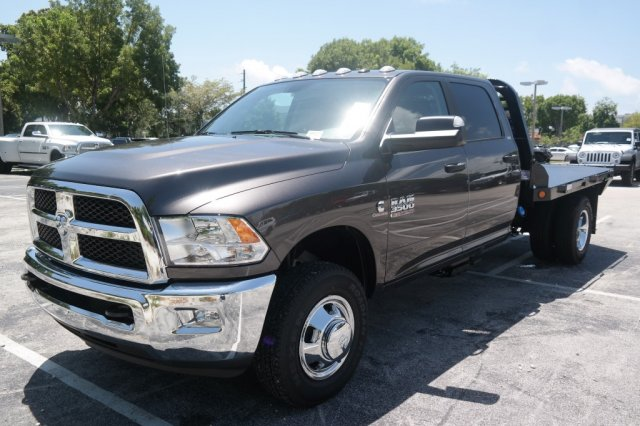 2017 Ram 3500 Crew Cab DRW, Freedom Platform Body #7D00372 - photo 3