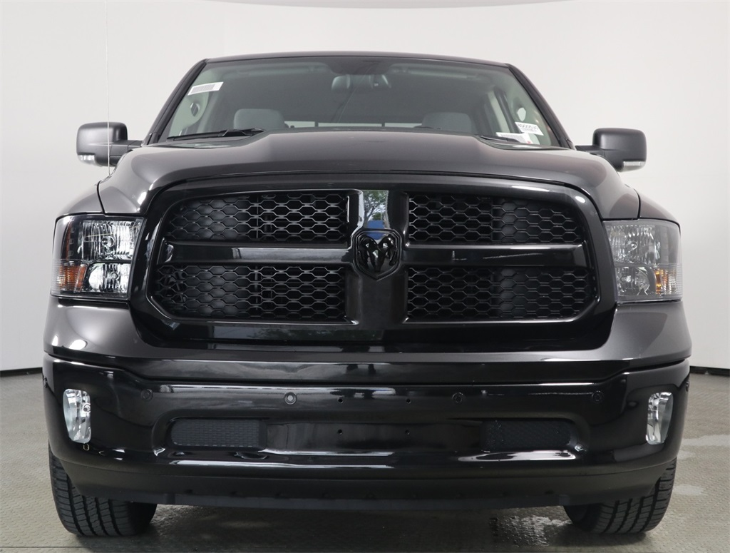2018 Ram 1500 Crew Cab 4x2,  Pickup #8D00530 - photo 4