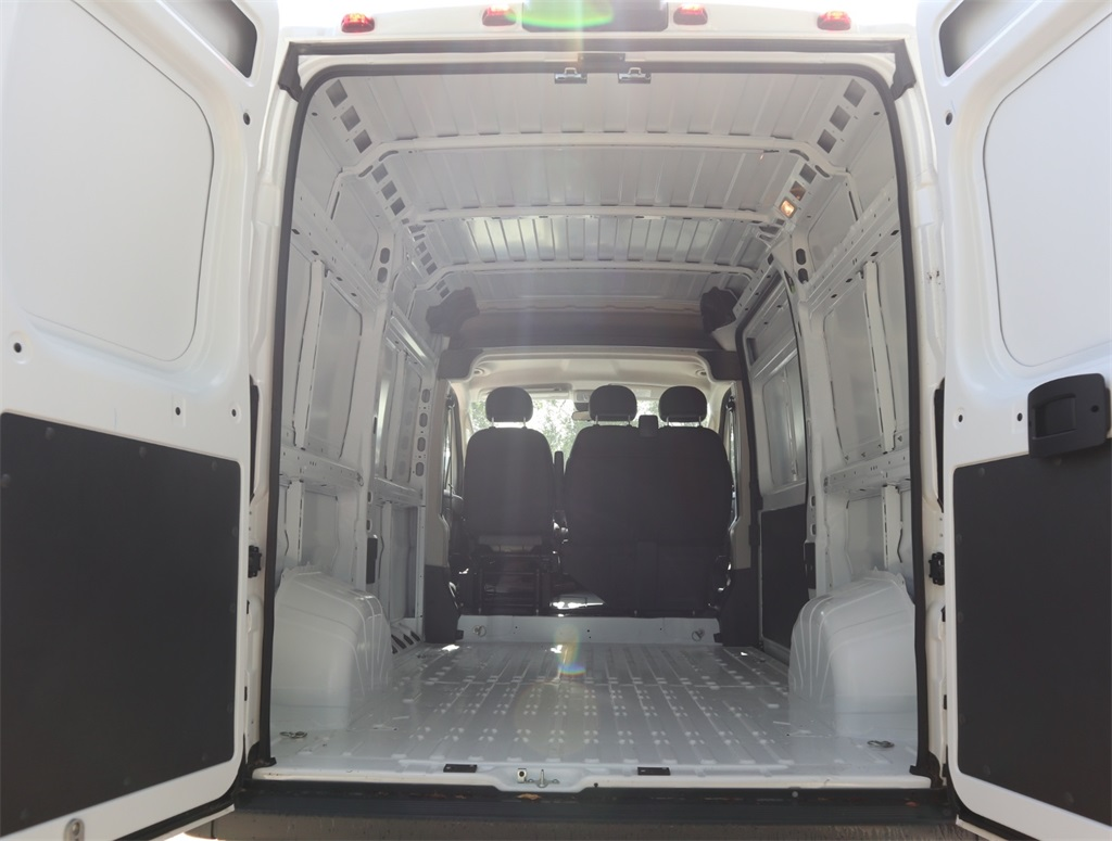 2018 ProMaster 2500 High Roof FWD,  Empty Cargo Van #8D00580 - photo 2