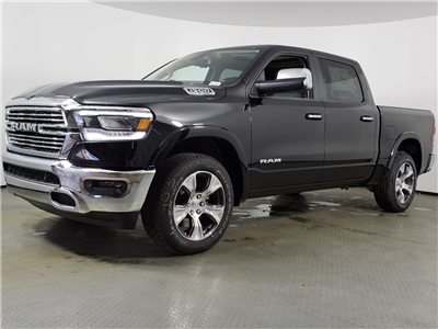 2019 Ram 1500 Crew Cab 4x4,  Pickup #9D00003 - photo 4