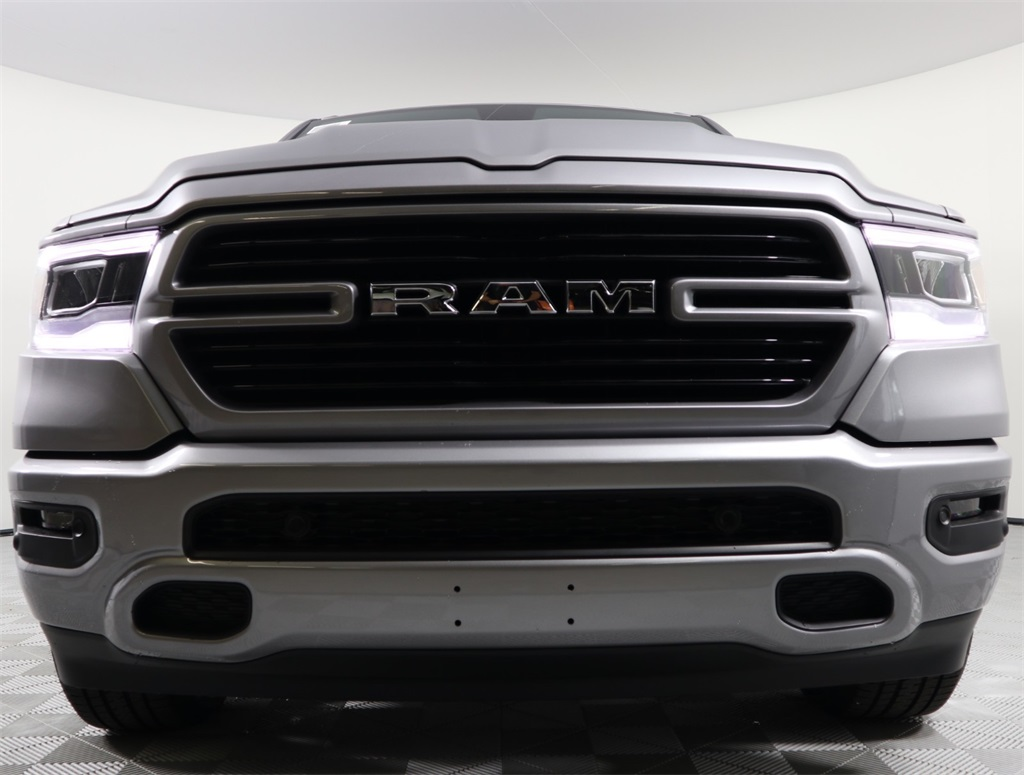 2019 Ram 1500 Crew Cab 4x2,  Pickup #9D00125 - photo 4
