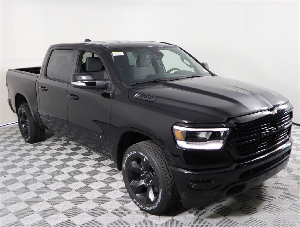 2019 Ram 1500 Crew Cab 4x2,  Pickup #9D00134 - photo 3