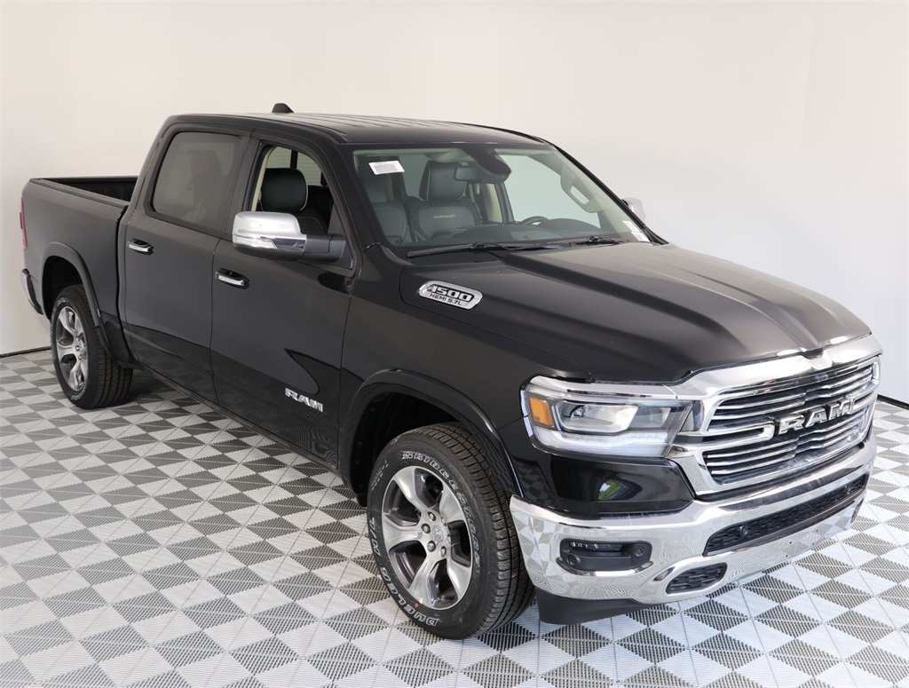 2019 Ram 1500 Crew Cab 4x4,  Pickup #9D00142 - photo 3