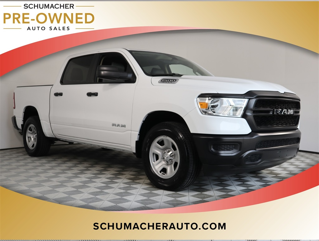 2019 Ram 1500 Crew Cab 4x2,  Pickup #9D00148 - photo 3