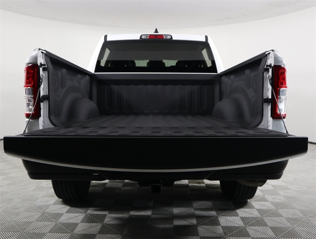 2019 Ram 1500 Crew Cab 4x2,  Pickup #9D00148 - photo 12