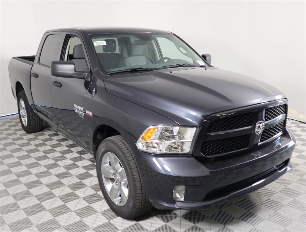 2019 Ram 1500 Crew Cab 4x2,  Pickup #9D00313 - photo 1