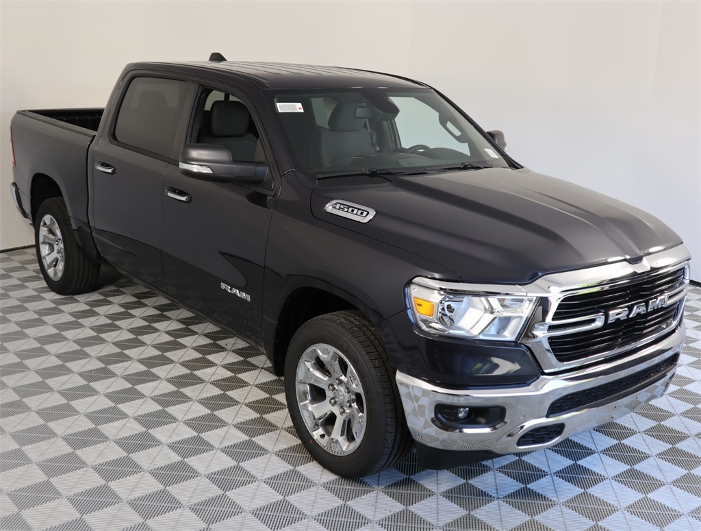 2019 Ram 1500 Crew Cab 4x2,  Pickup #9D00318 - photo 3
