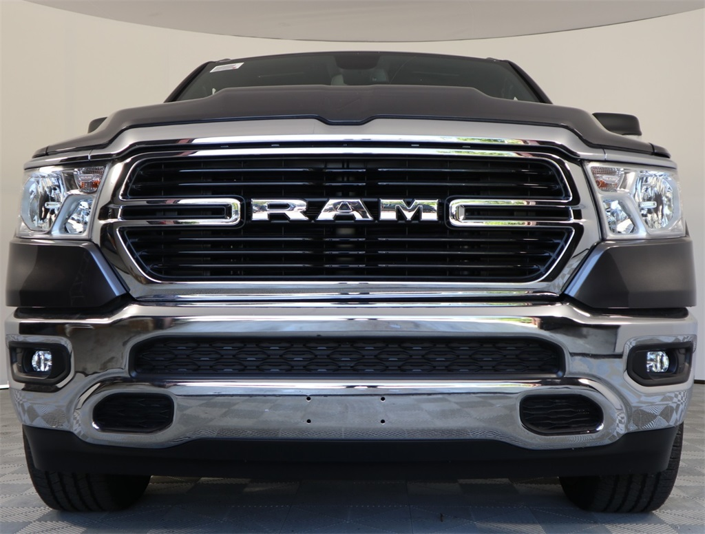 2019 Ram 1500 Crew Cab 4x2,  Pickup #9D00322 - photo 4