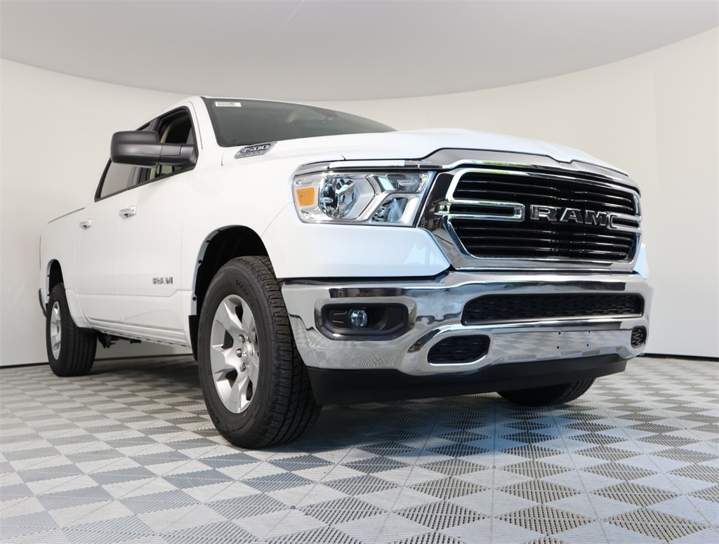 2019 Ram 1500 Crew Cab 4x2,  Pickup #9D00325 - photo 3