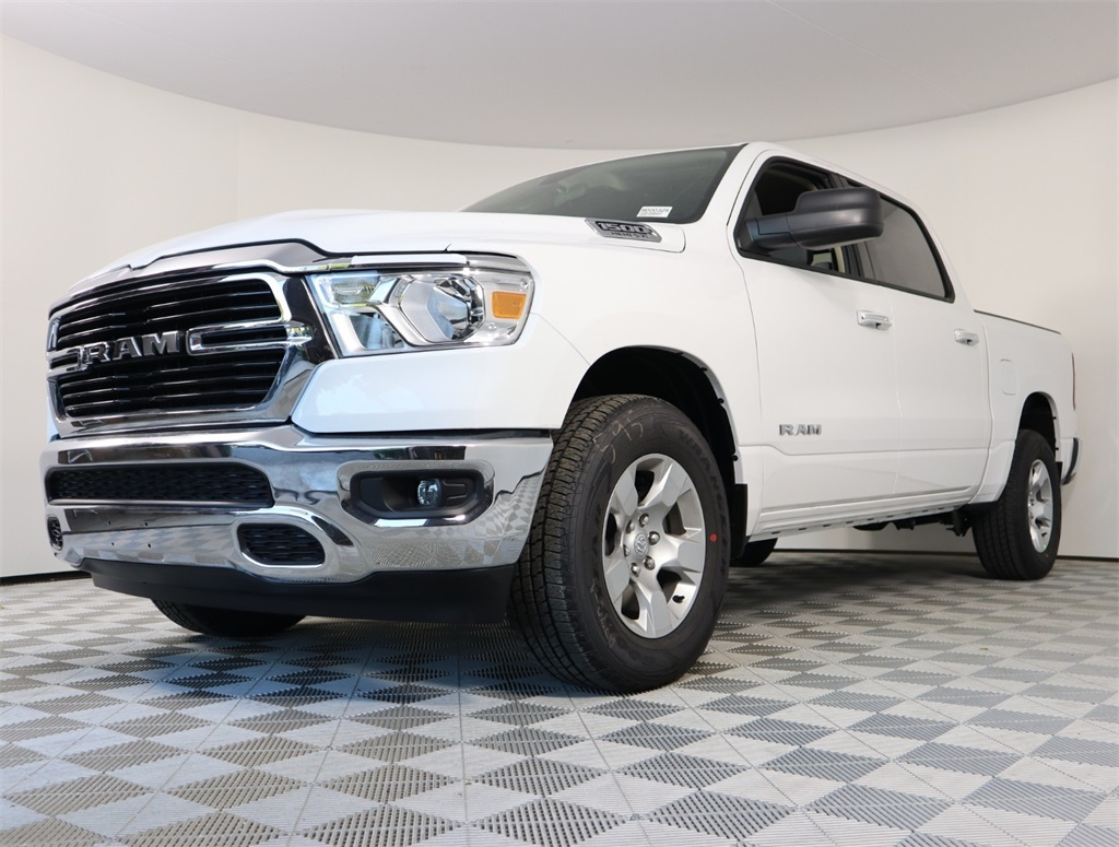 2019 Ram 1500 Crew Cab 4x2,  Pickup #9D00325 - photo 5