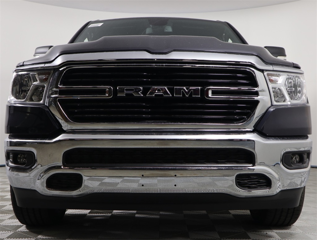 2019 Ram 1500 Crew Cab 4x2,  Pickup #9D00332 - photo 4