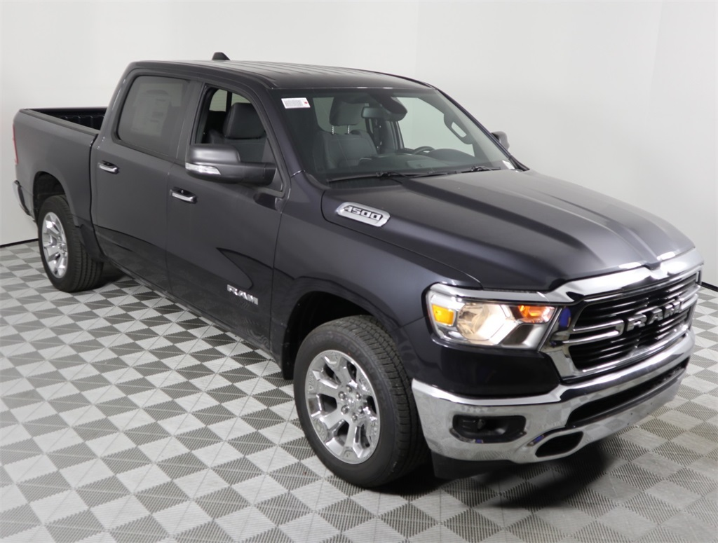 2019 Ram 1500 Crew Cab 4x2,  Pickup #9D00340 - photo 3