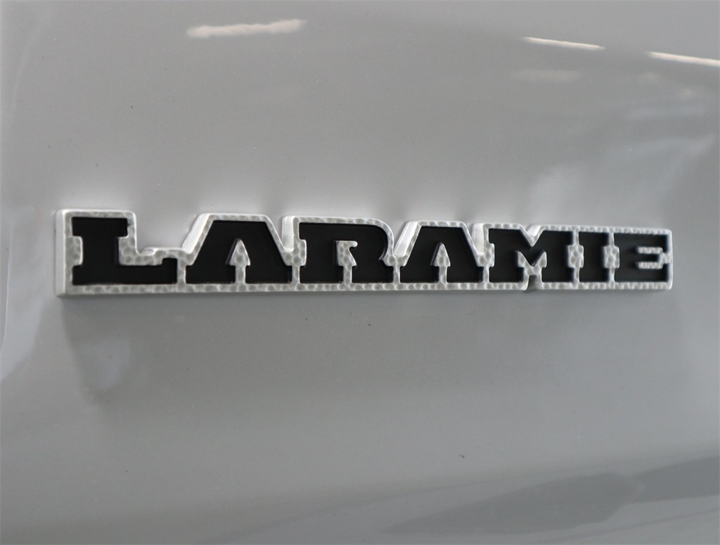 2019 Ram 1500 Crew Cab 4x2,  Pickup #9D00402 - photo 10