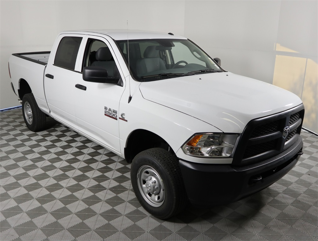 2018 Ram 2500 Crew Cab 4x4,  Pickup #9D00433 - photo 3