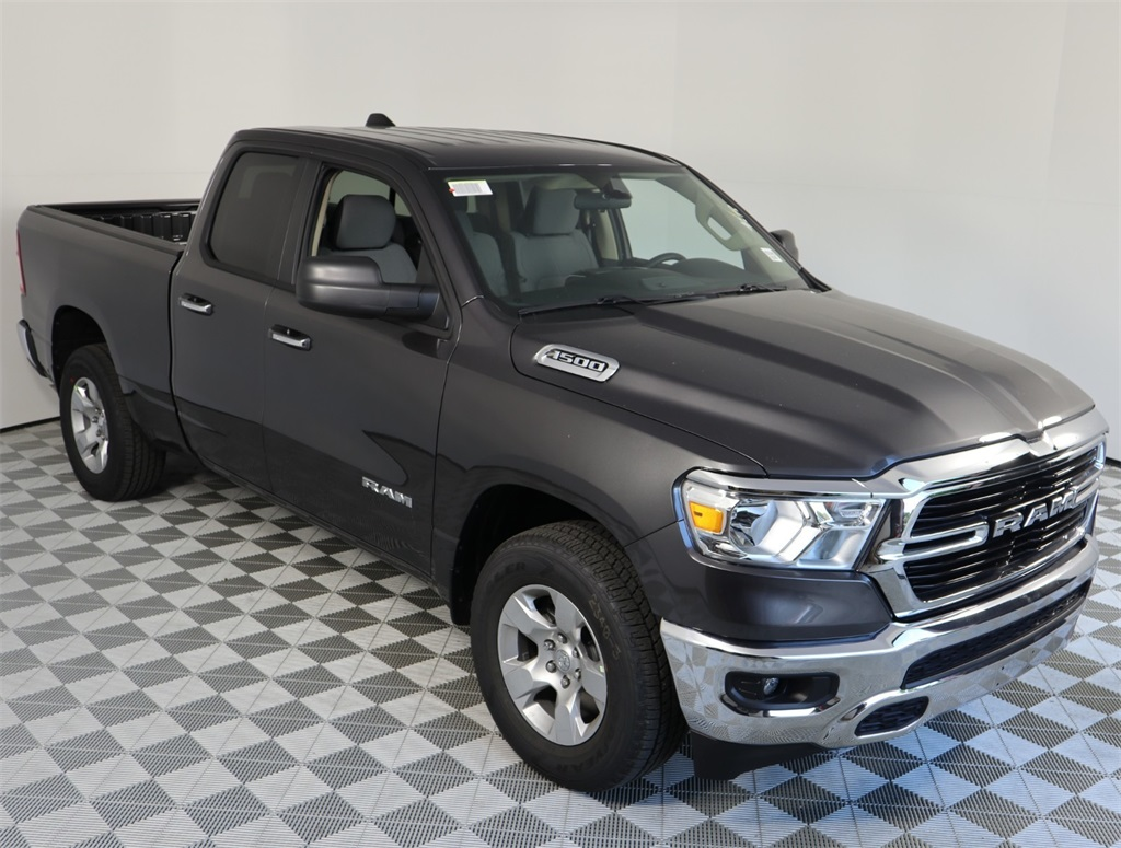 2019 Ram 1500 Quad Cab 4x2,  Pickup #9D00481 - photo 3
