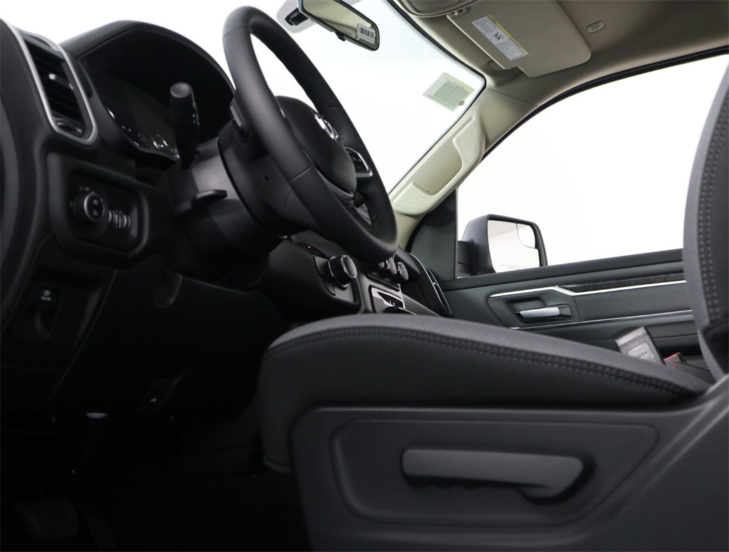 2019 Ram 1500 Quad Cab 4x2,  Pickup #9D00481 - photo 7
