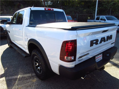 2017 Ram 1500 Crew Cab 4x4, Pickup #17132 - photo 4