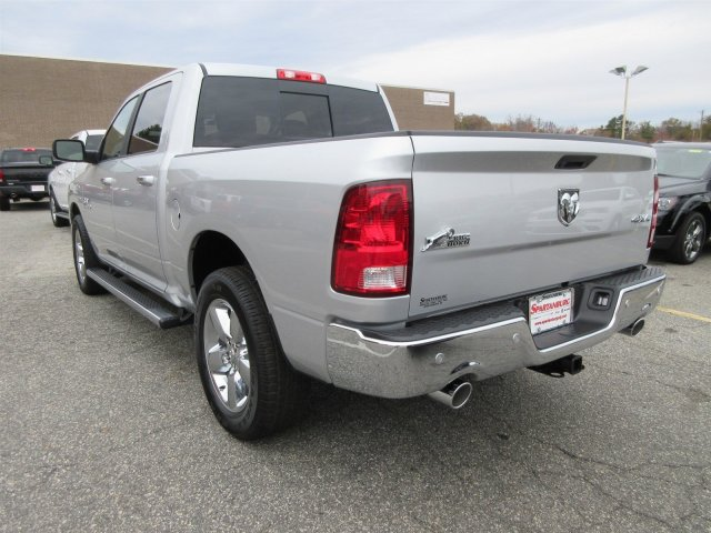2017 Ram 1500 Crew Cab 4x4 Pickup #17219 - photo 4