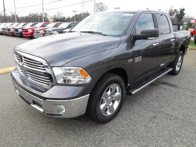 2017 Ram 1500 Crew Cab 4x4 Pickup #17521 - photo 3