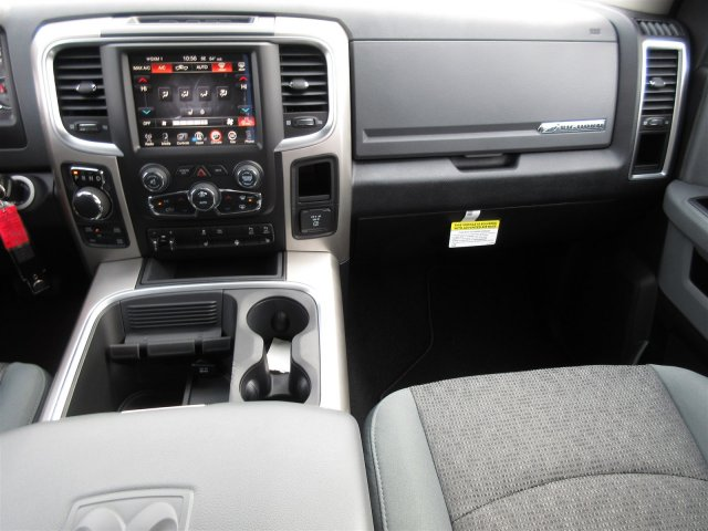 2017 Ram 1500 Crew Cab 4x4 Pickup #17521 - photo 7
