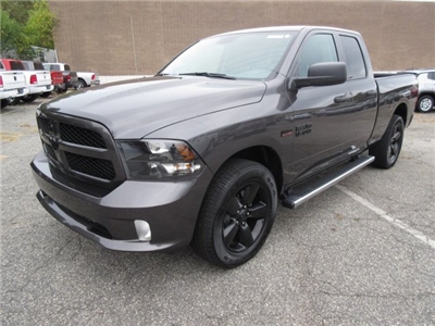2018 Ram 1500 Quad Cab, Pickup #18086 - photo 3