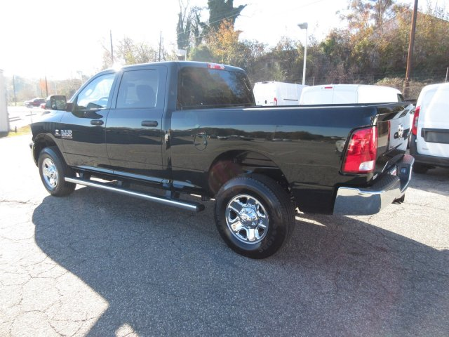 2018 Ram 2500 Crew Cab 4x4 Pickup #18163 - photo 4