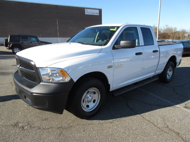 2018 Ram 1500 Quad Cab 4x4, Pickup #18272 - photo 3