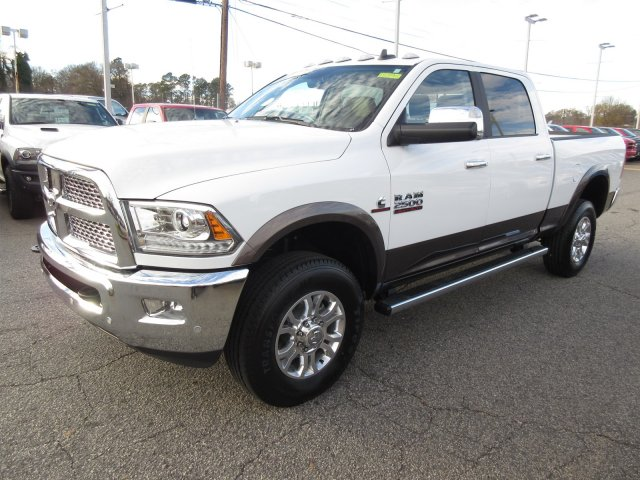 2018 Ram 2500 Crew Cab 4x4 Pickup #18295 - photo 3
